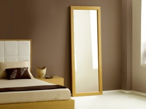 mirrors-in-bedroom