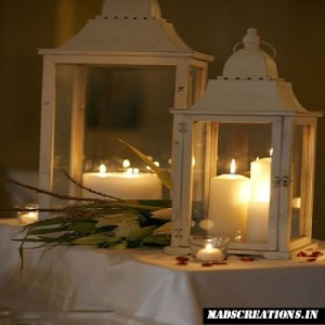 candles-and-lamp-for-romance
