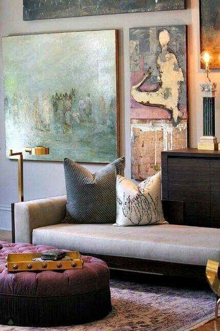 Accessorising rooms with art pieces