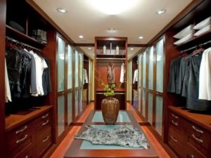 luxury-walk-in-closet-plan